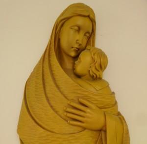 「互いに愛し合う」キリスト教の精神
