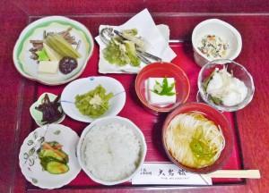 山菜定食(1,600円)