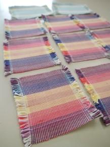 機織りで作ったコースター