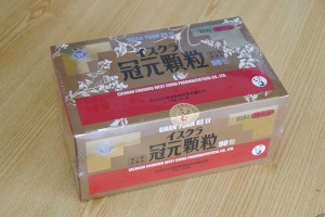 冠元顆粒(かんげんかりゅう、1包150円、1箱90包13,630円)