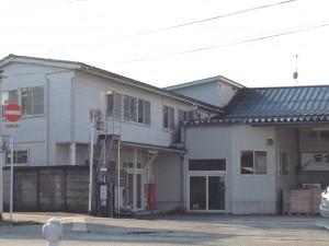上市駅そばにある若杉工場(味噌工場)