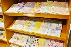 50種類から選べる女性用の浴衣