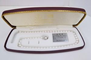 真珠のネックレス(189,000円税別)