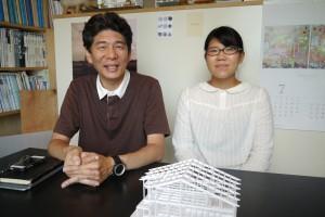 水野さん(左)とスタッフの山内さん