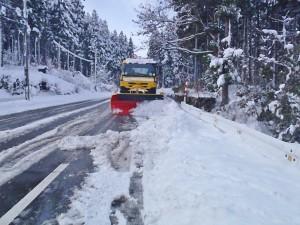 除雪作業は冬場の大切な仕事