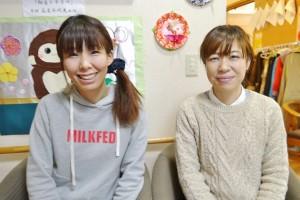吉岡美智子さん(左)と立花かおりさん