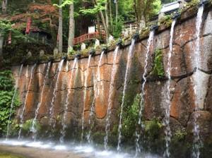 大岩山日石寺の十二支滝(山田さん撮影)