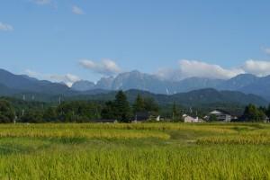 上市町広野から見える剱岳