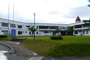 左手の建物がウエルネススポーツセンター