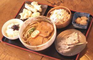 平日限定、デザートもついた「とりゴボウ天ぷら定食(うどん料金+350円)」