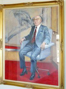 前会長・西田安正氏の肖像画