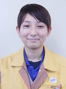 組立工程班長 堂口裕水さん(22)