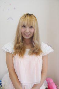 店長 石川理菜さん(24)