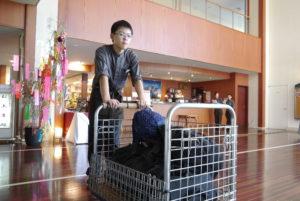 お客様の荷物の運搬